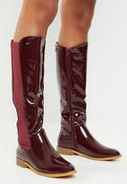 Miss Black - Route 668 boot - burgundy