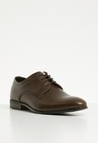 Superbalist - Luke formal shoe - brown