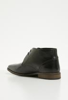 Superbalist - Strauss leather desert boot - black