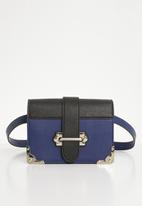 Steve Madden - Bisabel crossbody - navy & black