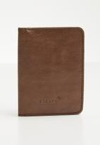 Escape Society - Leather passport holder - brown