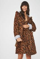 Cotton On - Luxe plush leopard print gown - brown & black