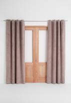 Sixth Floor - Velvet eyelet curtain 2 pack - rose