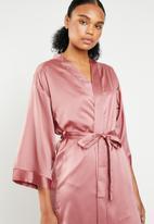 Superbalist - Midi robe - pink