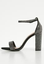 Steve Madden - Carrson heel - black