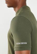 GUESS - Short sleeve core classic golfer - green