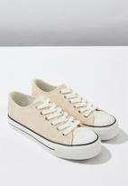 Cotton On - Faux croc leather platform sneaker - pink