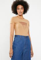 GUESS - Short sleeve ombre glitter T-shirt - brown