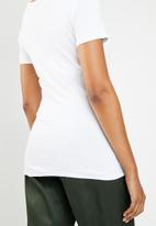 GUESS - Guess short sleeve fashion henley top - white