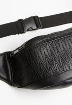 Missguided - Textured bumbag - black