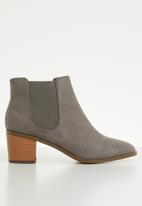 Madison® - Faux leather ankle boot - grey