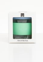 Typo - Give a sip cup 8oz - blue & green