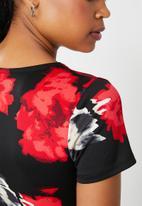 Superbalist - Floral printed wrap bodysuit - black & red floral