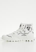 Palladium - Pampa protest - star white