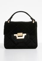 Missguided - Micro mini velvet quilted handbag - black