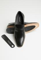 Pringle of Scotland - Blaine slip-on - black
