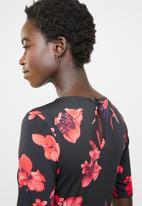 edit - Pleated maxi dress - multi