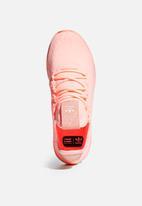 adidas Originals - Pharrell Williams Tennis Hu - clear orange/cloud white/core black