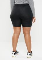 STYLE REPUBLIC PLUS - Slinky bicycle shorts - black