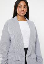 STYLE REPUBLIC PLUS - Ruched sleeve blazer - grey