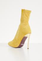 Plum - Honey boot - yellow