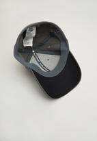 Under Armour - Men's blitzing 3.0 cap - grey/black