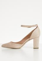 Call It Spring - Ankle strap heel - beige
