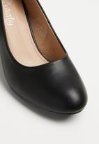 Butterfly Feet - Ankle strap heel - black