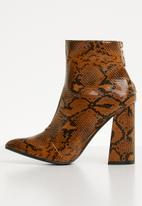 Superbalist - Remy ankle boot - snake