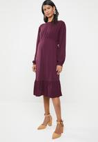 edit Maternity - Maternity tier smart dress - purple