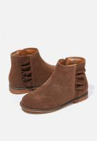 Cotton On - Ruffle ankle boot - brown