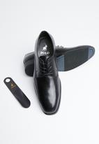 POLO - Tram line punched vamp lace up - black