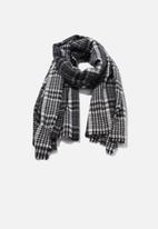 Cotton On - Lexi mid weight check scarf - black & white