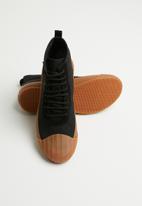 SUPERGA - 228 canvas logo boot - black/gum