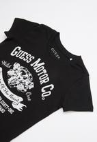 GUESS - Short sleeve guess motor tee - black & white