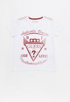 GUESS - Kids short sleeve Guess high level tee - white & red