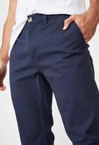 Cotton On - Knox chino pant - navy