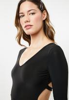 Missguided - Long sleeve open back bodycon mini dress - black