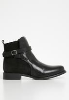 Vero Moda - Juliette leather ankle boot - black