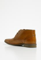 Superbalist - Knighton leather formal boot - tan