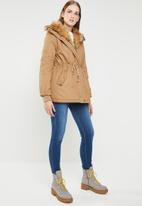 Revenge - Drawstring jacket with faux fur collar - brown