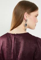 Missguided - Hammered satin twist front dress - burgundy