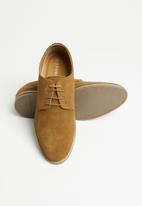 Superbalist - Willen suede formal shoe - tan