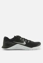 Nike - Nike w Metcon 4 - black / metallic silver