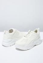 Cotton On - Textile chunky flatform sneaker - white