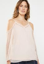 ONLY - Darling cold shoulder 3/4 top - neutral
