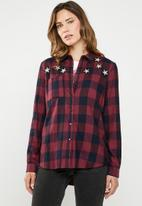 ONLY - Travis star shirt - multi