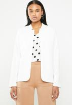 edit - Notch neck blazer - cream