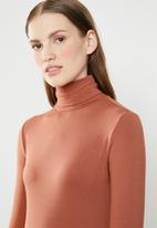 Superbalist - Poloneck bodycon - rust