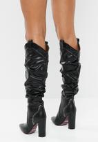 Plum - Studded ruched boot - black